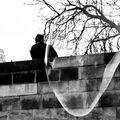 Muž na mostě