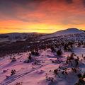 Vysoké kolo při západu slunce