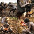 Pití krve -  tradiční zvyk kmene Suri z jižní Etiopie