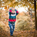 Radost z napadaného listí