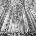Z krásného kostela