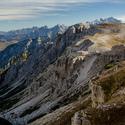 Východní pohled do údolí od chaty Rifugio Auronzo - Tre Cime, Dolomity