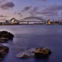 Opera a Harbour Bridge  po západu sluníčka