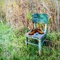 Kdo židli má,bydlí ...