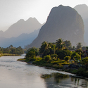 ... po prúde rieky