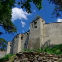 Pod hradbami