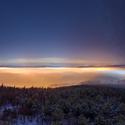 Svítící mlhy
