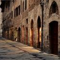 San Gimignano za soumraku