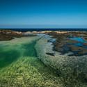 Dechberoucí Los Charcones na lanzarotském pobřeží
