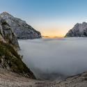 Údolí plné mlhy