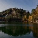 Podzim u jezera Pískovna