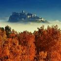 Spišský hrad v jesennej panoráme ...