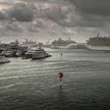 Déšť v přístavu