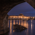 pod Karlovým mostem