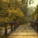 Cesta přes most