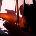 Zátiší s houslemi