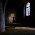 Ve stínu světla....
