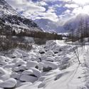 Zasněžená řeka
