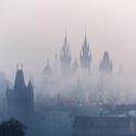 Zamlžená Praha