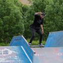 Noseslide ve Strakonickém skateparku při místních závodech