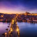 Večerní Praha je kouzelná