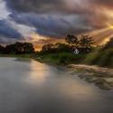 bouřkový západ slunce