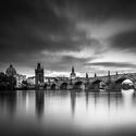 Praha - blížící se bouře
