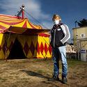 Cirkus pod rouškou...