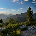 Probuzení na Cinque Torri (Dolomity)