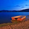 Loďka na přehradě