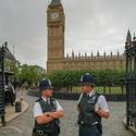Dva strážníci ...