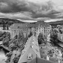 Zmraka sa nad hradom