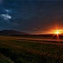 Západ slunce pod Zvičinou