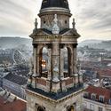 Jedna z věží baziliky svatého Štěpána v Budapešti