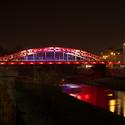 Osvětlený most Miloše Sýkory