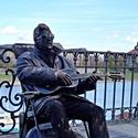 Živá socha Elvise