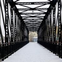 Bývalý most do továrny