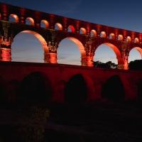 Pont du Gard v červeném pyžamu :-)
