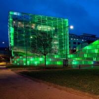 Ars Electronica Center v zelené
