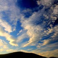 Skrz oblaka do vesmíru...