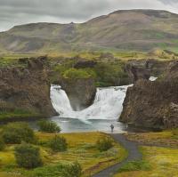 obrázky z islandské přírody 12 aneb ... fotograf, rybář a tuplovaný vodopád