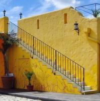 Barevné schodiště