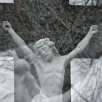 ...na kříži