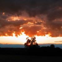 Když slunce na obloze maluje