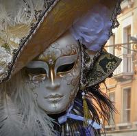 ... maska