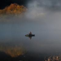Rybář na loďce