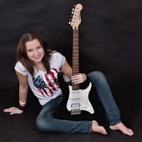 Míša s kytarou