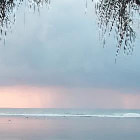 Ráno  na Tiwi beach