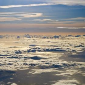Světlo v nebeské krajině