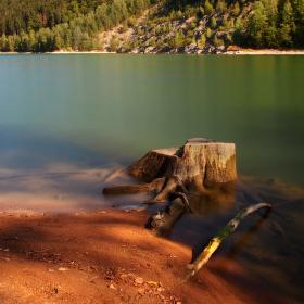 Podzimní den u přehrady